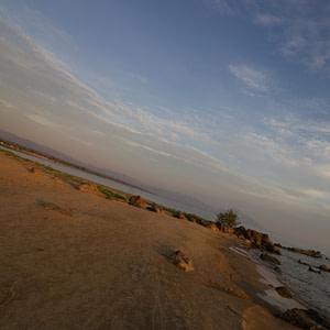 Shoreside rocks at Ngala Beach